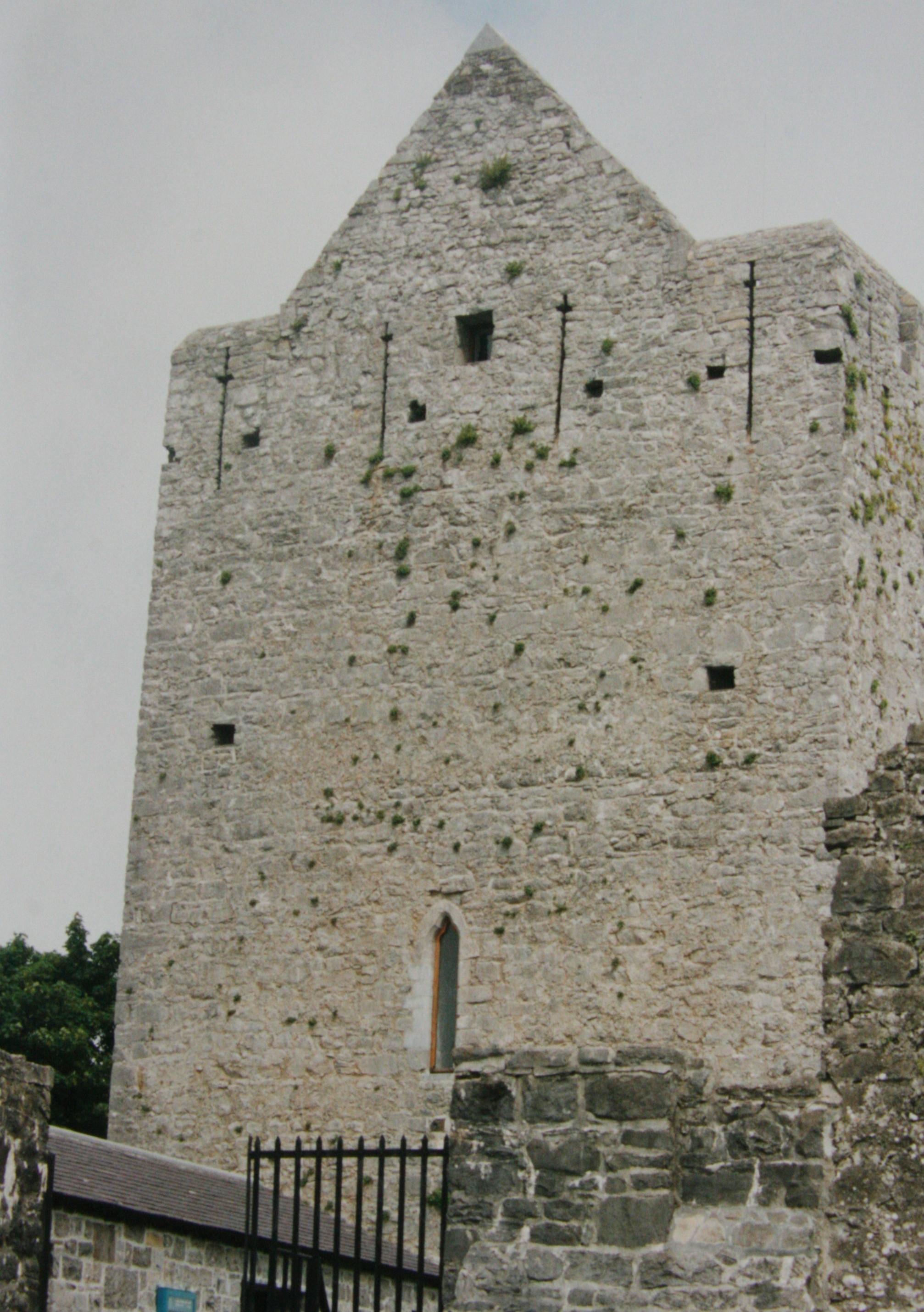 athenry-castle-3